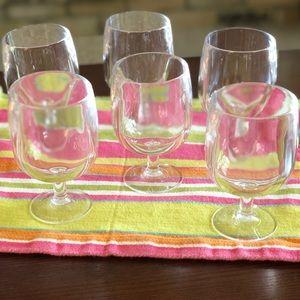2/$20💥SALE💥 6 Acrylic Wine Glasses - Stackable